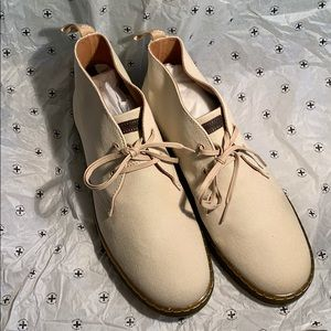 Doc Martens Chukka Boots in Sand